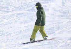 Ludzie jazda na snowboardzie na śniegu Obrazy Royalty Free