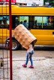 Ludzie lata miasteczko W Turcja Po ulewnego deszczu Zdjęcia Stock
