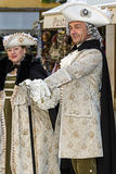 Ludzie na ulicie w Wenecja, ubierającym w okresów kostiumach Zdjęcia Royalty Free