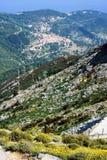Ludzie na wagonie kolei linowej iść up góra Capanne Zdjęcia Royalty Free