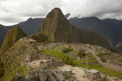 Ludzie Odwiedza Przegranego Incan miasto Mach Picchu blisko Cusco w Peru Fotografia Royalty Free