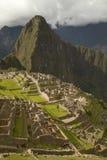Ludzie Odwiedza Przegranego Incan miasto Mach Picchu blisko Cusco w Peru Zdjęcia Royalty Free