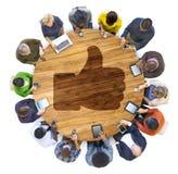 Ludzie Ogólnospołeczny networking i aprobat symbol Obrazy Stock