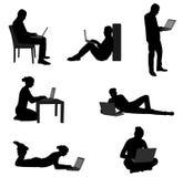 Ludzie pracuje na ich laptopach Fotografia Stock