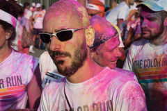 Ludzie przy kolorem Biegają wydarzenie w Mediolan, Włochy Zdjęcie Stock