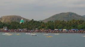 Ludzie przy Lembar plażą Zdjęcie Royalty Free