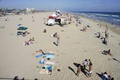 Ludzie przy plażą Zdjęcia Stock