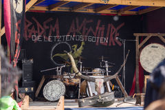 Ludzie, salesstands i ogólni wrażenia średniowieczny pełnoletni festiwal na Jeziornym Murner w Wackersdorf, Bavaria 10 2016 Maj Obrazy Stock