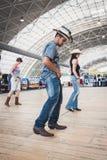 Ludzie tanczy przy Kołysać Parkowego wydarzenie w Mediolan, Włochy Obraz Stock