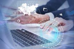 Ludzie używa komputer, infographics obraz stock