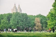Ludzie w central park w Manhattan Zdjęcie Stock