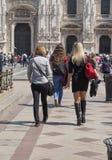 Ludzie w centrum miasta w Mediolan Obrazy Stock