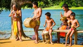 Ludzie w EMBERA wiosce, PANAMA fotografia stock