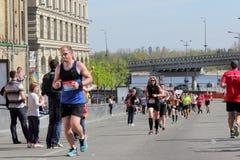 Ludzie w maratonie Obrazy Royalty Free