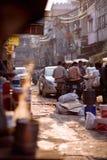 Ludzie w ulicach India Zdjęcia Royalty Free