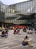 Ludzie W Zakupy Centrum handlowym, Pekin Fotografia Stock