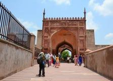 Ludzie wizyty Agra fortu, India Zdjęcia Stock