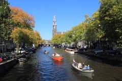 Ludzie wodniactwo w Amsterdam, Holandia Zdjęcie Royalty Free