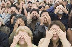 Ludzie Zakrywa oczy Z rękami Zdjęcie Stock