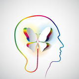 Ludzka głowa z papierową motylią symbol wolnością, twórczością i Obrazy Stock
