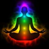 Ludzki energetyczny ciało, aura, chakra w medytaci Zdjęcia Royalty Free