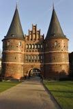 Luebeck, cancello di Holstentor Fotografia Stock Libera da Diritti