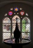 Lueneburg Tyskland Springbrunn i hallet av den Lune för benedictine för kvinna` s kloster Arkivbilder