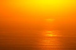 Lueur de lever de soleil d'océan Image libre de droits