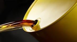 lufowy olej nalewa Zdjęcie Royalty Free