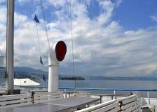 Luft-Ansaugleitung von Stadt Rapperswil, Paddel-Dampfschiff Lizenzfreie Stockfotos