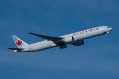 777 luft boeing Kanada Arkivbild
