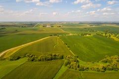 Luft-Iowa-Ackerlandlandschaft Lizenzfreie Stockfotos