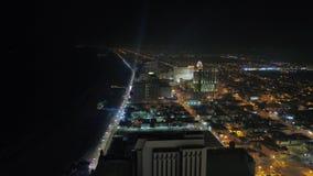 Luft-New-Jersey Atlantic City Nacht im Juli 2017 4K spornen 2 an stock video