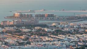 Luft-vew von Dubai-Jachthafen mit shoping Mall, Restaurants, T?rmen und Yachten timelapse, Arabische Emirate stock video footage