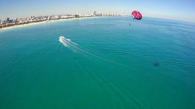 Luft- Video-parasail Miami Beach stock video footage