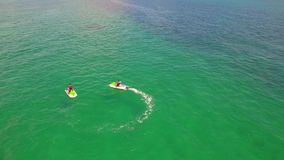 Luft- Video-Waverunners in Miami stock video footage