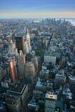 Luftaufnahme über untererem Manhattan, New York Stockfoto
