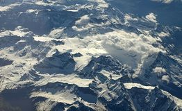 Luftaufnahme der Alpen stockbilder