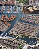 Luftaufnahme der Küstenhäuser Stockbilder