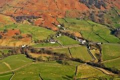 Luftaufnahme der landwirtschaftlichen Felder Stockbild