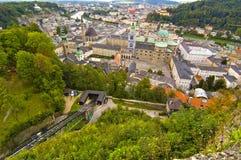 Luftaufnahme der Salzburg-Stadt Stockfotos