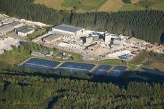 Luftaufnahme: Marmorindustrie und Wasserbehandlung Stockbilder
