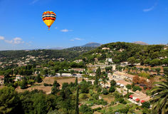 Luftaufnahme vom Dorf von Saint-Paul Frankreich Lizenzfreies Stockbild