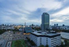 Luftaufnahme von Bangkok-Skyline-Stadtbild an der Dämmerung Lizenzfreie Stockfotografie