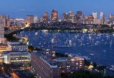 Luftaufnahme von Cambridge und von Boston lizenzfreies stockbild