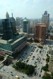 Luftaufnahme von im Stadtzentrum gelegenem Baltimore stockfotos