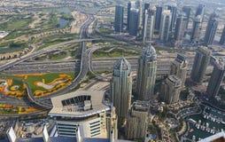 Luftaufnahme von im Stadtzentrum gelegenem Dubai Lizenzfreie Stockbilder