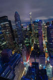 Luftaufnahme von New York City Manhattan-Midtown-Skyline nachts Stockfotografie