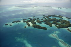 Luftaufnahme von Palaus berühmten siebzig Inseln Stockfotos