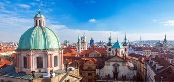 Luftaufnahme von Prag, Tschechische Republik stockbild